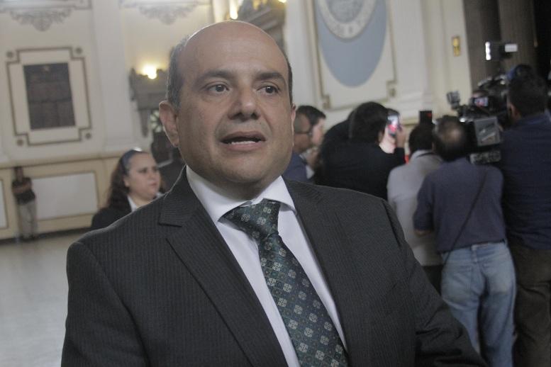 Carlos Nares