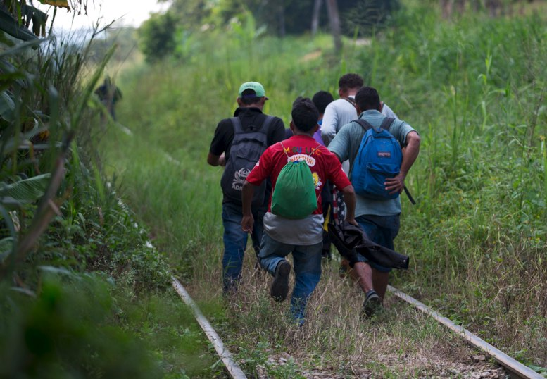 Resultado de imagen para guatemaltecos migran a EEUU en peligro